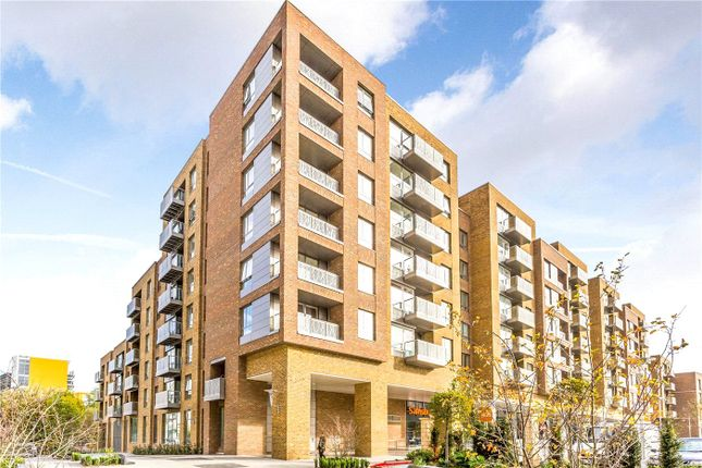 Thumbnail Flat for sale in Lang Court, High Street, London