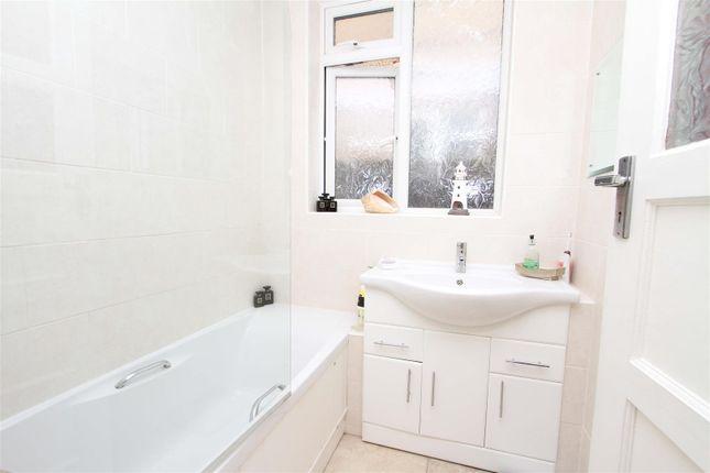 Bathroom of Imperial Close, Harrow HA2