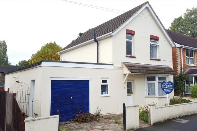 Thumbnail Detached house for sale in Station Road, Frimley