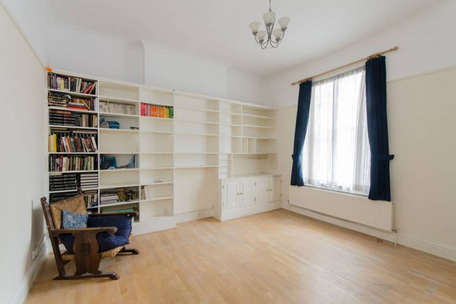 3 bed maisonette for sale in Bessborough Street, Pimlico
