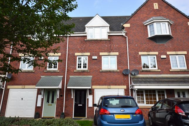 Thumbnail Town house to rent in Castle Lodge Avenue, Rothwell, Leeds