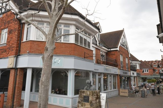 Thumbnail Flat to rent in West Street, Haslemere