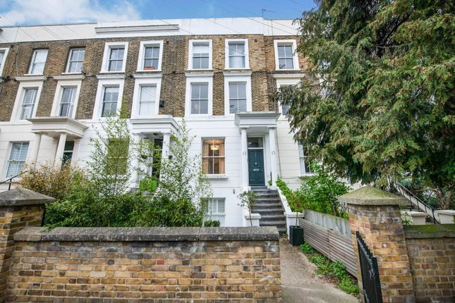 3 bed flat for sale in Cleveland Road, De Beauvoir N1