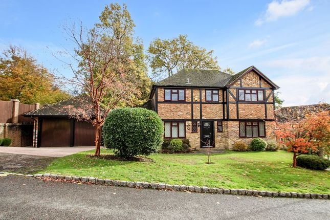Thumbnail Detached house for sale in Bethune Close, Worth, Crawley