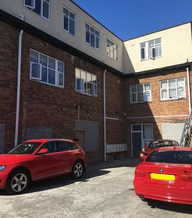 Thumbnail Flat to rent in Waterloo Street, Weston-Super-Mare