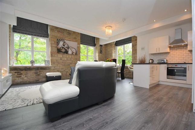 Thumbnail Flat for sale in 37, Tamewater Court, Dobcross