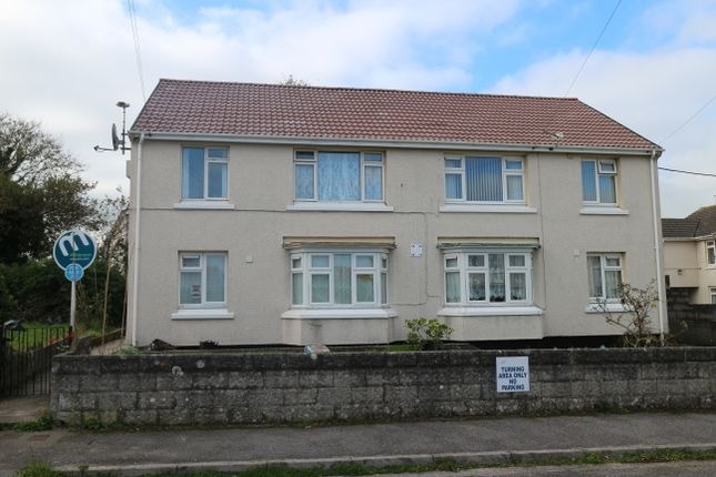Thumbnail Flat for sale in Uglow Close, Camborne, Cornwall