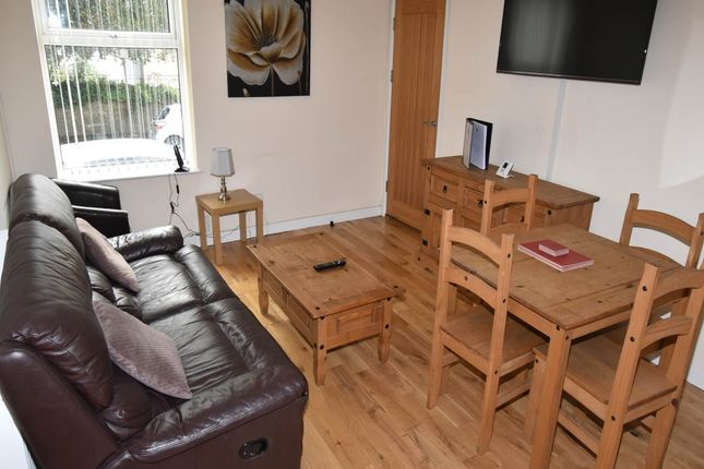 Thumbnail Flat to rent in Uplands Terrace, Uplands, Swansea