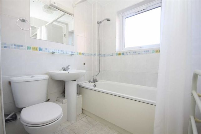 Bathroom of Princes Reach, Preston PR2