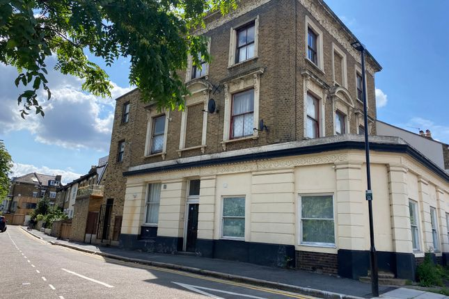 Flat to rent in Truro Road, London