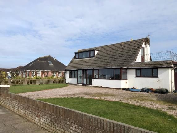 Thumbnail Bungalow for sale in Broadway, Fleetwood, Lancashire