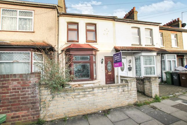 Thumbnail Terraced house for sale in Harrow Road, Barking