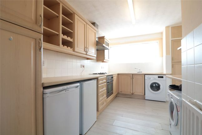 Thumbnail Terraced house to rent in Kingsley Road, Farnborough, Hampshire