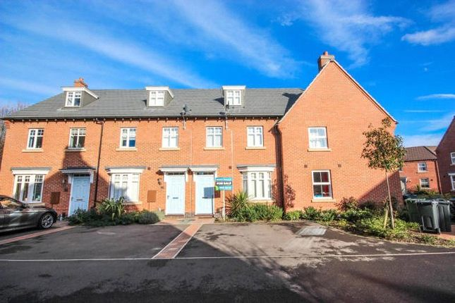 Thumbnail Property for sale in Crowson Drive, Quorn, Leicestershire