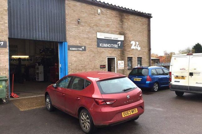Thumbnail Commercial property for sale in Thorpe Place, Banbury