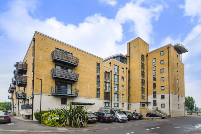 Thumbnail Flat for sale in Glaisher Street, Greenwich