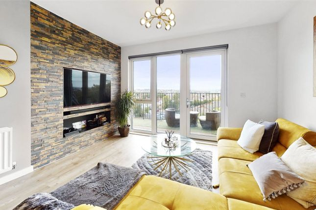 2 bed flat to rent in Coleby House, London NW2