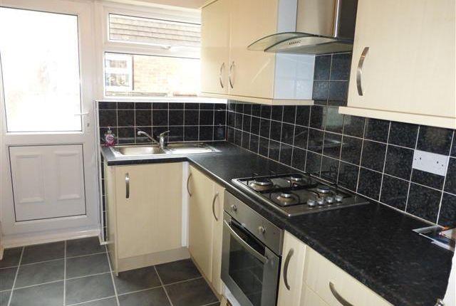 Thumbnail Semi-detached house to rent in Langley Grove, Aldwick, Bognor Regis