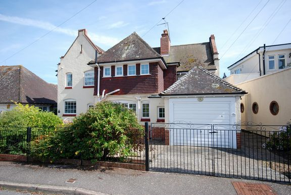 Flat for sale in Roselands, Sidmouth