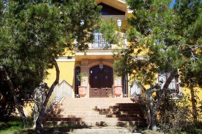 Thumbnail Villa for sale in Quesada, Costa Blanca, Spain