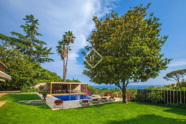 Thumbnail Villa for sale in Spain, Barcelona North Coast (Maresme), Sant Vicenç De Montalt, Mrs6566