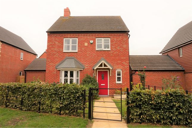 Thumbnail Detached house for sale in Wellington Avenue, Stratford-Upon-Avon