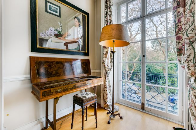 Thumbnail Terraced house for sale in Edwardes Square, London