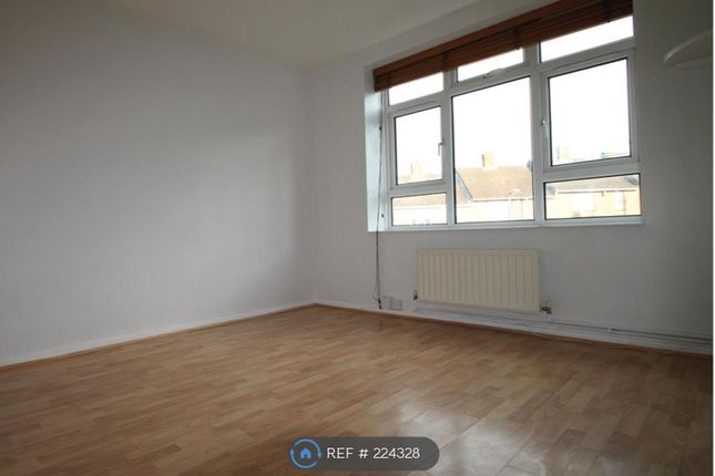 Thumbnail Flat to rent in Wellcome Avenue, Dartford
