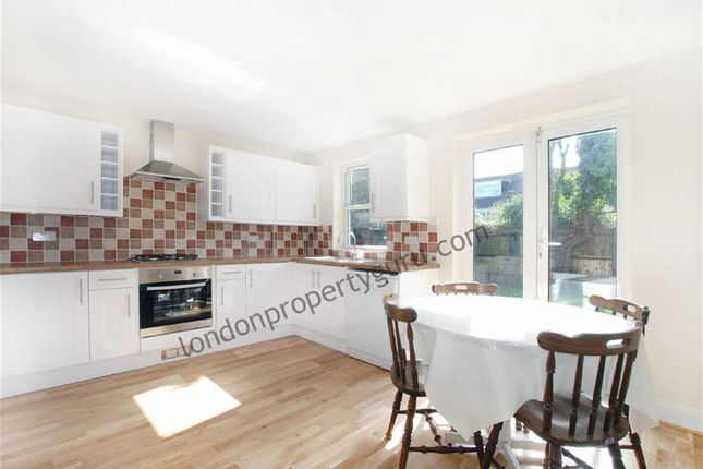 3 bed semi-detached house to rent in Tabor Grove, Wimbledon