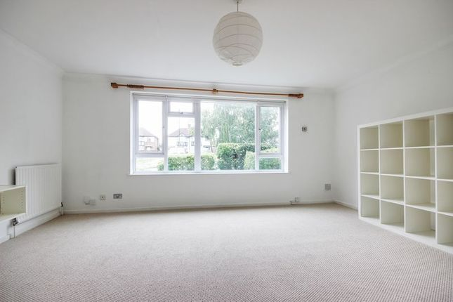 Thumbnail Flat for sale in Winchmore Hill Road, London