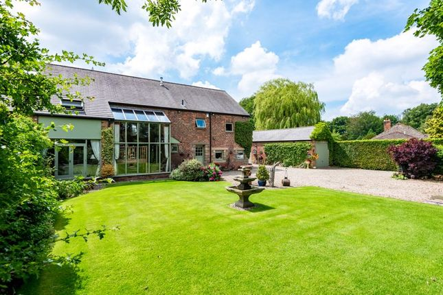 Thumbnail Barn conversion for sale in Sandy Lane, Lathom, Ormskirk