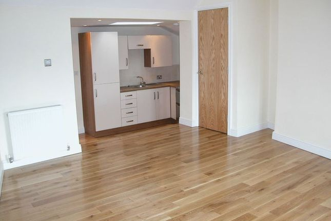 Thumbnail Flat to rent in Clasketgate, Town Centre, Lincoln