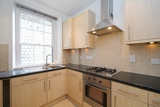 2 bed flat to rent in Portobello Road, Notting Hill