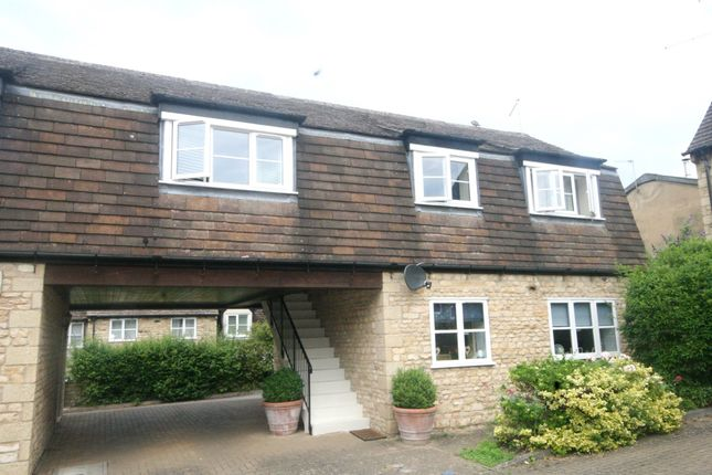 Thumbnail Flat for sale in Daniel Court, Stamford