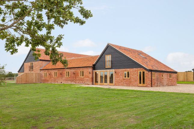 Thumbnail Barn conversion for sale in Sotterley, Beccles