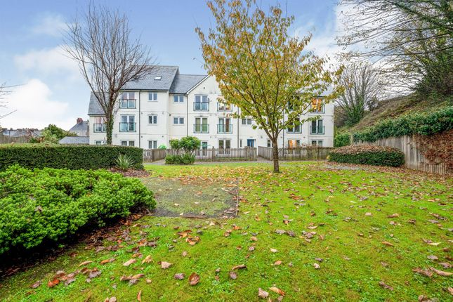 2 bed flat for sale in Siding Road, Mutley, Plymouth PL4