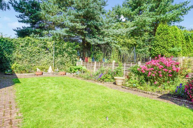 Garden of Sparth Road, Manchester M40
