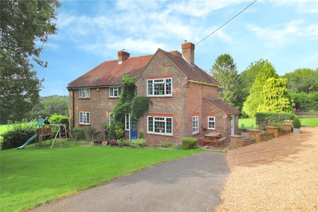 6 bed detached house to rent in Sandy Lane, Horam, Heathfield, East Sussex TN21
