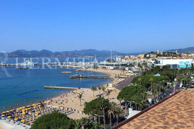 Thumbnail Triplex for sale in Cannes Croisette, Alpes-Maritimes, Provence-Alpes-Côte D'azur, France
