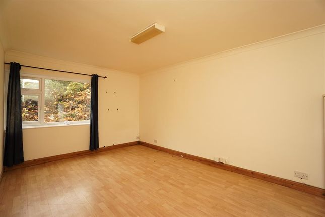 Living Area of Carfield Avenue, Meersbrook, Sheffield S8