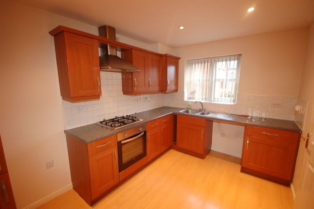 Thumbnail Town house to rent in Seacole Close, Guide, Blackburn