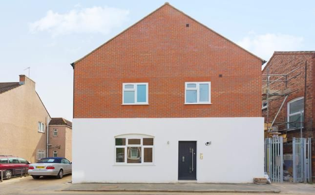 Thumbnail Flat for sale in Hatfield Road, Hertfordshire, Watford