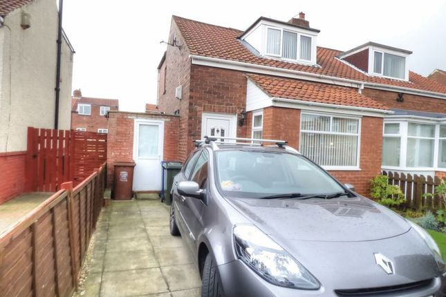 Thumbnail Bungalow for sale in Longfield Terrace, Walker, Newcastle Upon Tyne