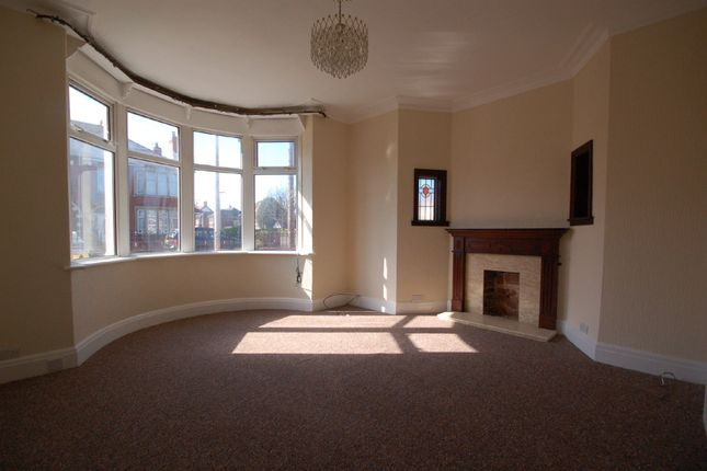 Thumbnail Semi-detached house to rent in Broadway, Blackpool