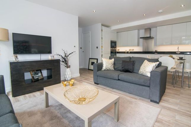 Thumbnail Flat for sale in Spring Grove, London