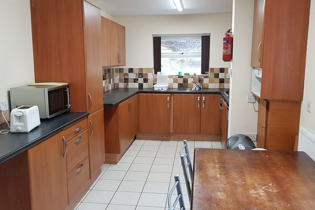5 bed shared accommodation to rent in Brunswick Street, Sheffield