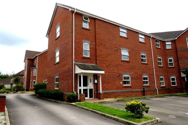 Thumbnail Flat to rent in Wrenbury Drive, Northwich