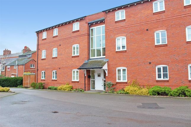Thumbnail Flat to rent in Coach House Mews, Coventry Road, Warwick