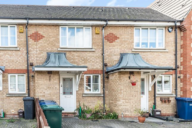 Thumbnail Terraced house for sale in Sparkford Gardens, London