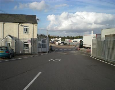 Thumbnail Land to let in Commercial Parking Site, Midway Depot, Stanbridge Road, Leighton Buzzard